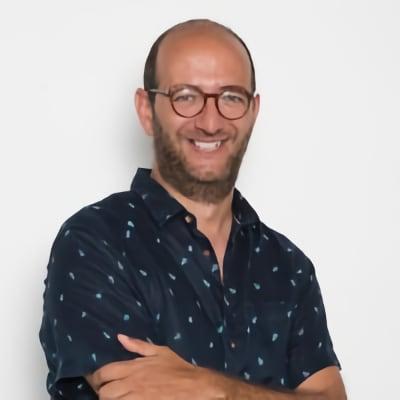 Ángel González